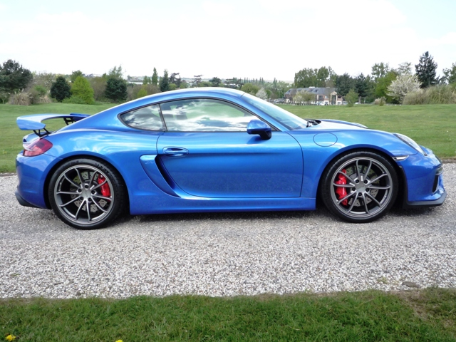 Porsche 981 Cayman GT4 Coupe - Howard Wise Cars